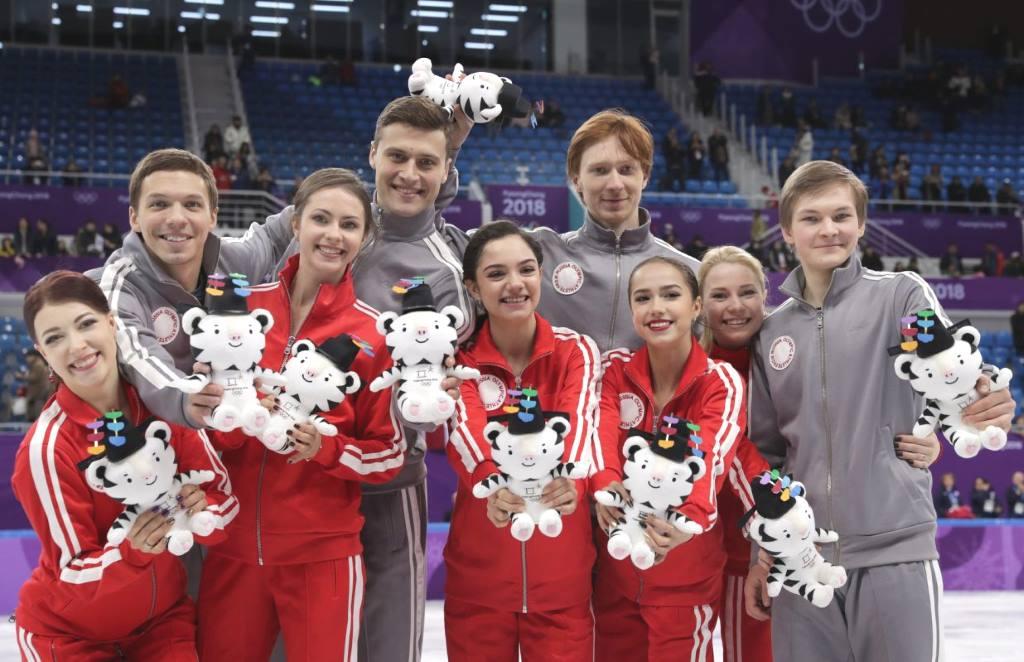 Российская команда - серебряный призер командных соревнований по фигурному катанию на ОИ-2018 в Пхёнчхане