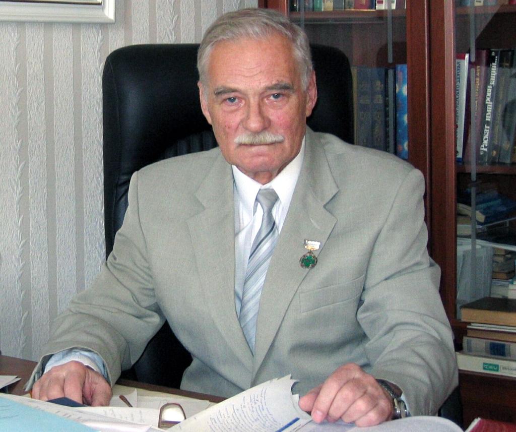 Александр Благонравов