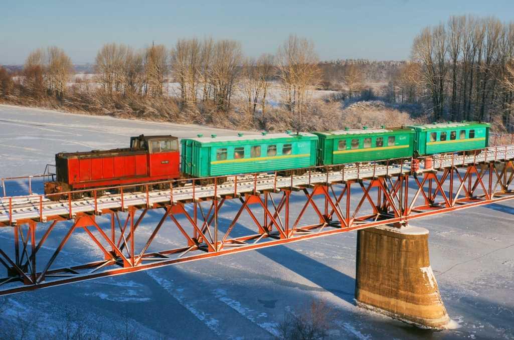 Каринская узкоколейная железная дорога